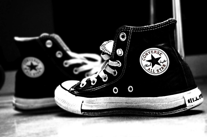 Chicks in Chucks | My Heart Explodes