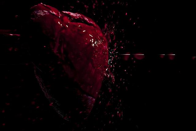 ExplodingHeart-01