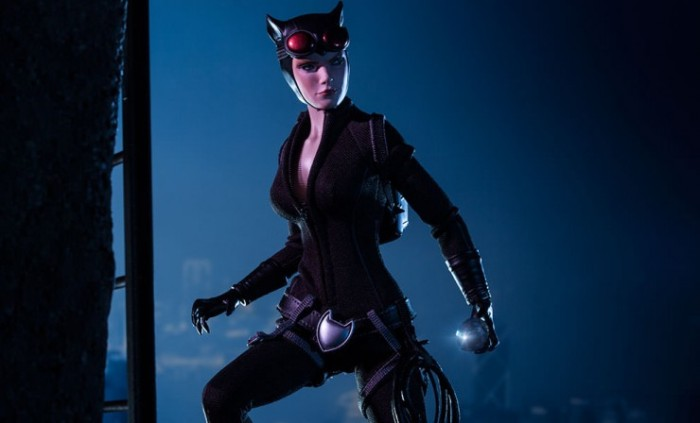 Catwoman-100164-product-feature2-740x448