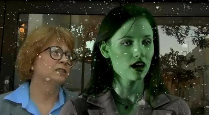 Shamelessly-She-Hulk-S01-01